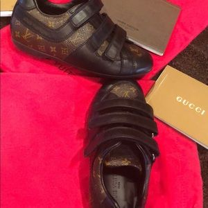 Boys LV shoes size 25